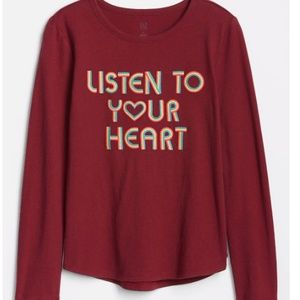 NWT Gap Listen to your Heart Rainbow Graphic Tee